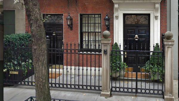 Женщина на три дня застряла в лифте в одной из квартир в Нью-Йорке - Sputnik Узбекистан