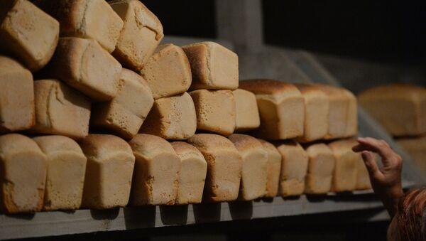 Буханка, хлеб - Sputnik Узбекистан