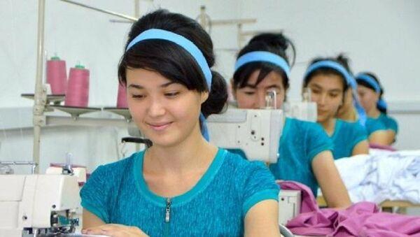 Комитет женщин Узбекистана в январе выделил 9,4 миллиарда сумов на развитие женского предпринимательства - Sputnik Ўзбекистон