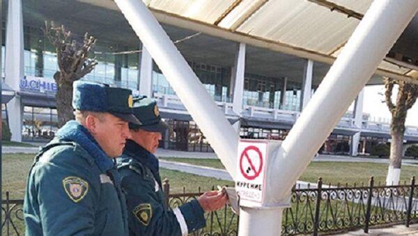 Grajdanina Yujnoy Korei zaderjali v aeroportu Tashkenta. - Sputnik Oʻzbekiston