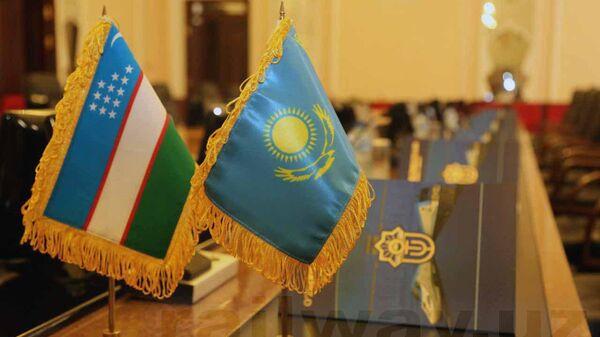Казахстан и Узбекистан обсудили взаимодействие в железнодорожной сфере - Sputnik Ўзбекистон