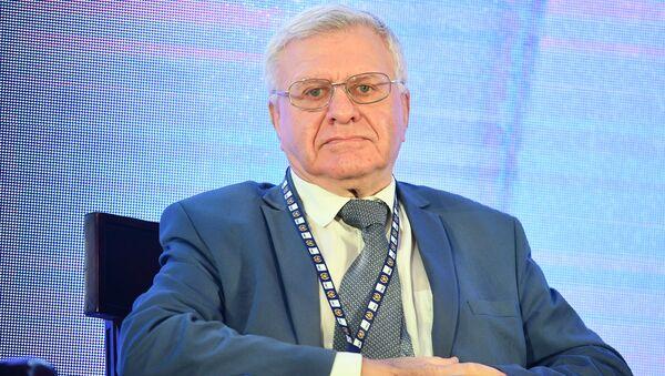 Глава Союза потребителей России Петр Шелищ - Sputnik Узбекистан
