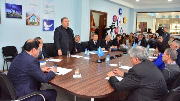 28 февраля в Университете журналистики и массовых коммуникаций состоялась презентация проектаНациональной Энциклопедии Журналистики Узбекистана. - Sputnik Узбекистан