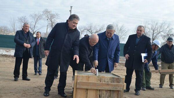 V Nukuse nachalos stroitelstvo pervoy prezidentskoy shkolы - Sputnik Oʻzbekiston