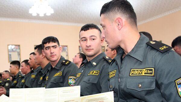 Voyennoslujaщiye poluchili lgotnыe kreditы - Sputnik Oʻzbekiston