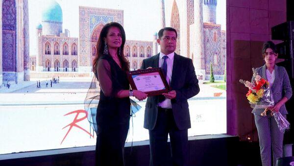 Modelyer Ritu Beri stala poslom turizma Uzbekistana v Indii - Sputnik Oʻzbekiston