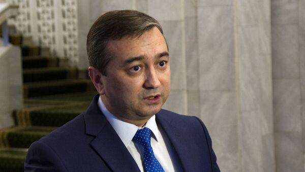 Генеральный консул Узбекистана, советник Мехриддин Хайриддинов  - Sputnik Ўзбекистон