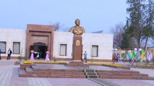 В Ташкенте восстановили музей первой узбекской женщины механизатора - Sputnik Ўзбекистон