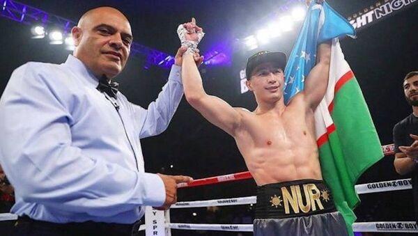 Узбекский боксер Эльнур Абдураимов отпраздновал очередную победу - Sputnik Ўзбекистон