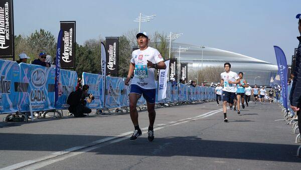 Победители марафона 5км посвященного Наврузу - Sputnik Узбекистан