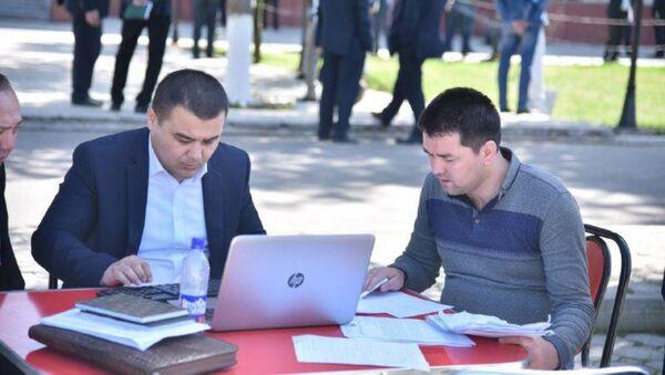 В Ташкентской области состоялся выездной приём граждан - Sputnik Ўзбекистон