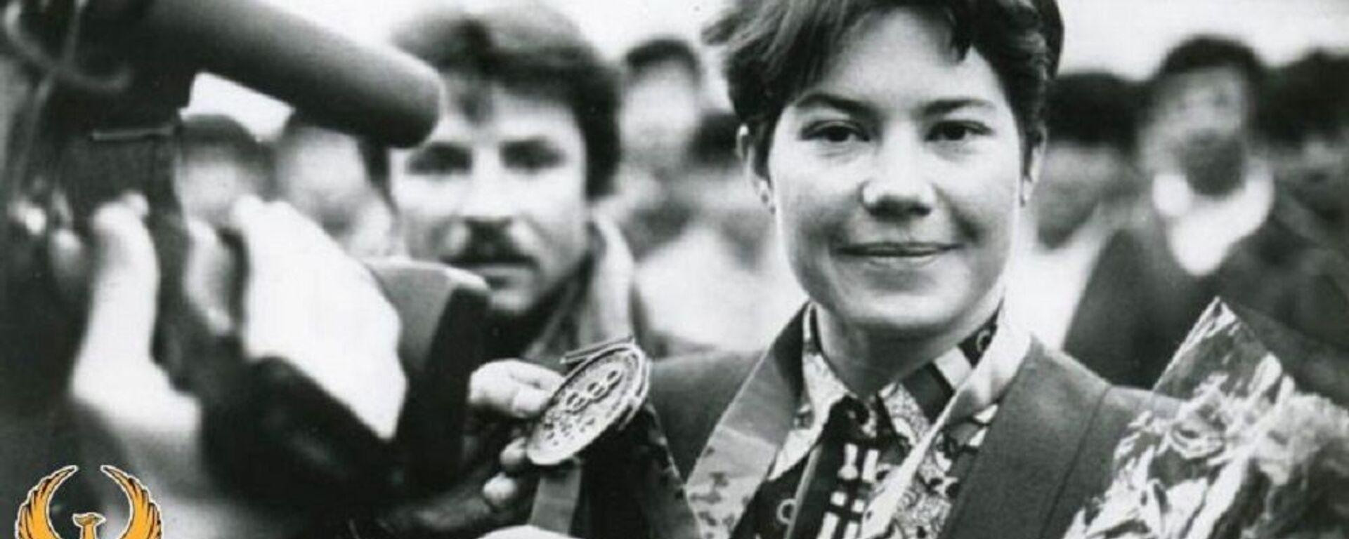 Olimpiyskaya chempionka iz Uzbekistana Lina Cheryazova - Sputnik Oʻzbekiston, 1920, 26.03.2019