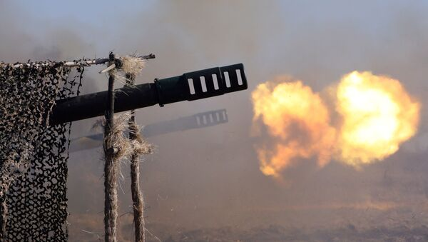 Выстрелы из артиллерийских орудий - Sputnik Ўзбекистон