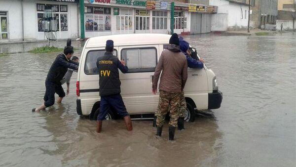 Наводнение в Самаркандской области - Sputnik Ўзбекистон