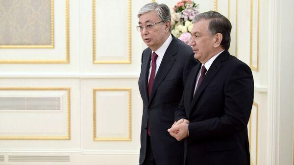Prezident Uzbekistana Shavkat Mirziyoyev i prezident Kazaxstana Kasыm-Jormat Tokayev - Sputnik Oʻzbekiston
