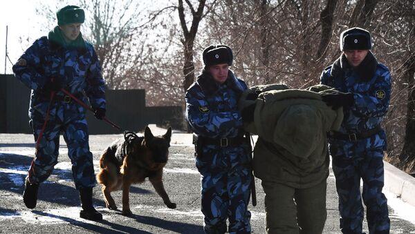 Slujba konvoirovaniya GUFSIN Rossii po Primorskomu krayu   - Sputnik Oʻzbekiston