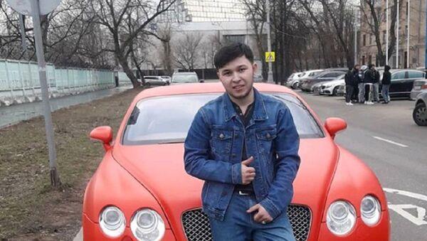Узбекистанец выиграл Bentley, стоя рядом с авто 30 часов - Sputnik Ўзбекистон