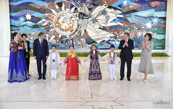 Концерт дружбы народов Узбекистана и Южной Кореи - Sputnik Узбекистан