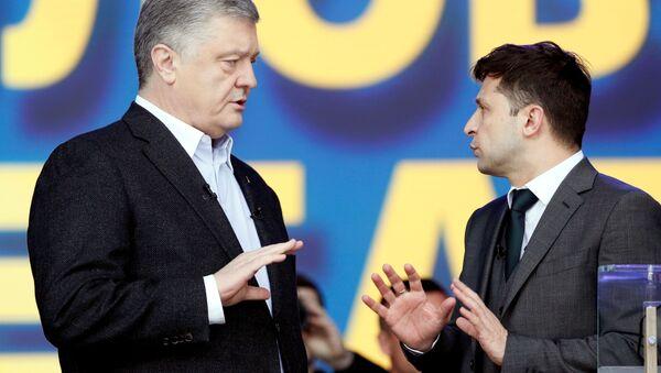 Debatы Petra Poroshenko i Vladimira Zelenskogo na stadione Olimpiyskiy v Kiyeve - Sputnik Oʻzbekiston