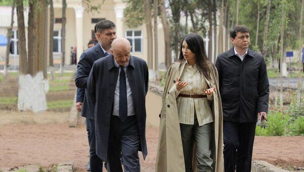 Саида Мирзиёева посетила Букинский район Ташкентской области - Sputnik Ўзбекистон