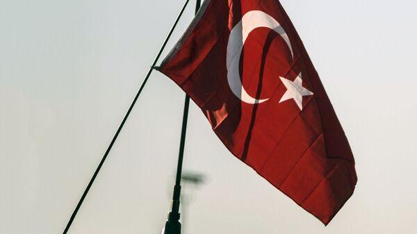 Флаг Турции - Sputnik Узбекистан