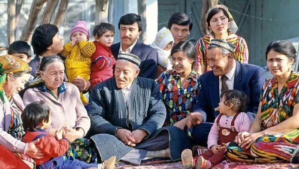 Сколько же нас: рождаемость, смертность и численность населения Узбекистана - Sputnik Узбекистан