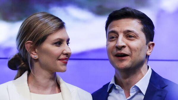 Владимир Зеленский с супругой Еленой - Sputnik Узбекистан