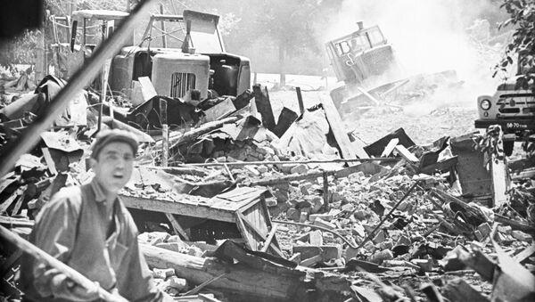 Ужасная трагедия и великое объединение: годовщина ташкентского землетрясения - Sputnik Ўзбекистон