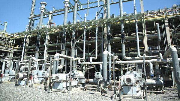 Ферганский нефтеперерабатывающий завод - Sputnik Узбекистан