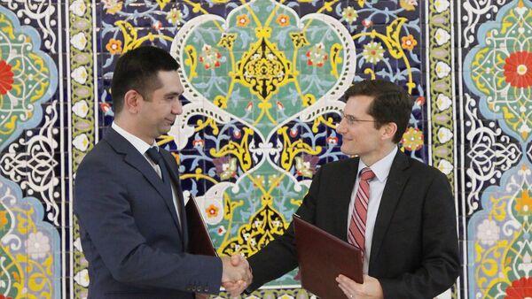 Новая цифровая экономика: Центробанк будет сотрудничать с Visa - Sputnik Ўзбекистон