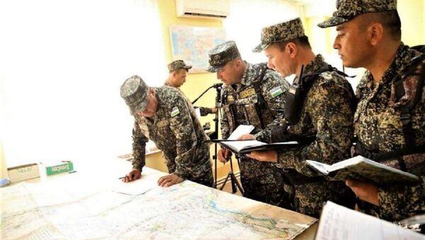В Термезе проверяют боеготовность воинских частей - Sputnik Узбекистан