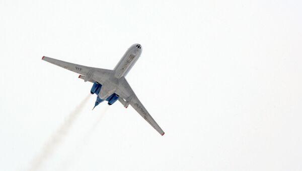 Ближнемагистральный самолет ТУ-134  - Sputnik Узбекистан