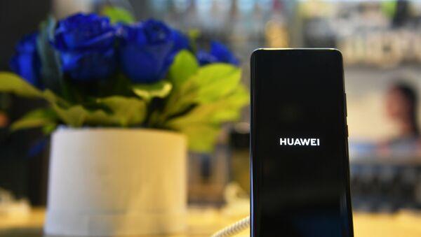 Смартфон Huawei Mate 20 Pro - Sputnik Ўзбекистон