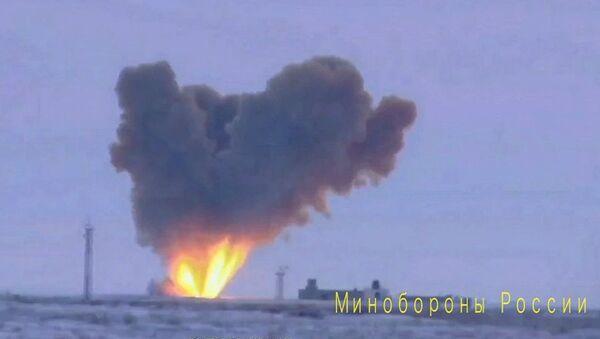 Zapusk raketы kompleksa Avangard s giperzvukovыm boyevыm blokom - Sputnik Oʻzbekiston