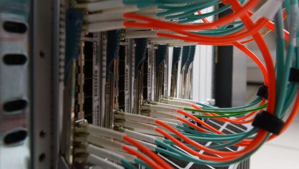 Сетевое оборудование в серверной. - Sputnik Узбекистан