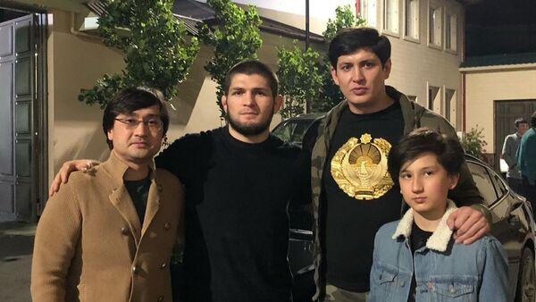 Хабиб Нурмагомедов в Ташкенте - Sputnik Ўзбекистон