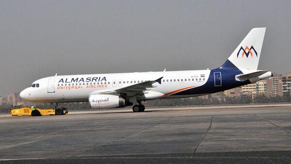Самолёт египетской авиакомпании AlMasria - Sputnik Ўзбекистон