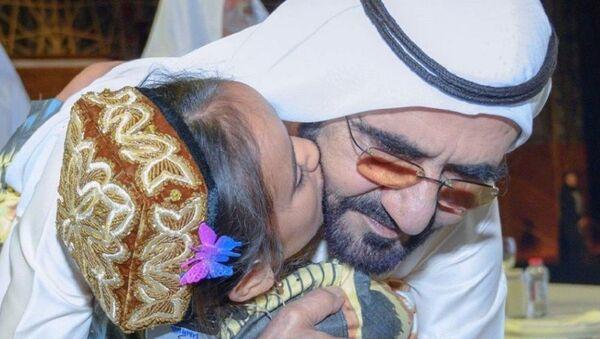 Махина Ганиева и премьер-министр ОАЭ, эмир Дубая Мохаммед ибн Рашид Аль Мактум - Sputnik Ўзбекистон