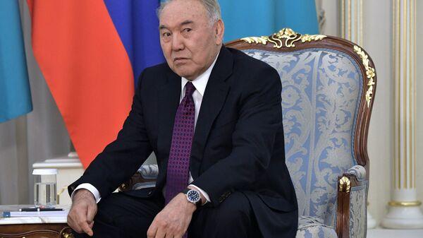 Glava Soveta bezopasnosti Kazaxstana i predsedatel pravyaщey partii Nur Otan Nursultan Nazarbayev - Sputnik Oʻzbekiston