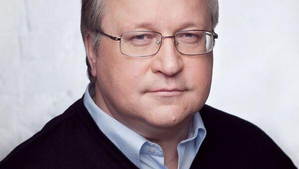 Председатель Наблюдательного совета Института демографии, миграции и регионального развития Юрий Крупнов - Sputnik Узбекистан