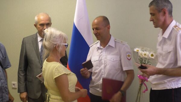 Российские паспорта для жителей Донбасса - Sputnik Узбекистан
