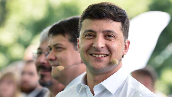Съезд партии Слуга народа в Киеве - Sputnik Ўзбекистон
