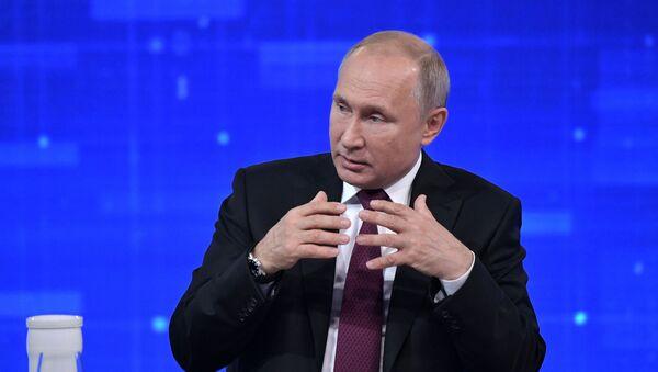 Прямая линия с президентом РФ Владимиром Путиным - Sputnik Ўзбекистон