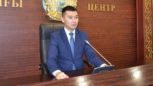 МВД Казахстана: взрывы продолжаются, спасатели не могут потушить пожар - Sputnik Узбекистан