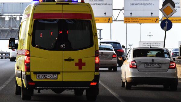 Avtomobil skoroy meditsinskoy pomoщi - Sputnik Oʻzbekiston