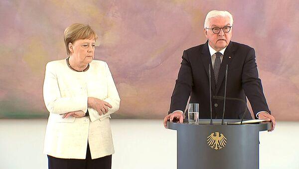 Ангела Меркель во время встречи с президентом Германии - Sputnik Ўзбекистон