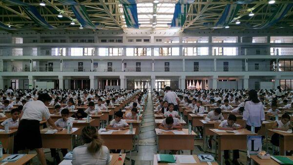 Начались вступительные экзамены в президентские школы - Sputnik Узбекистан
