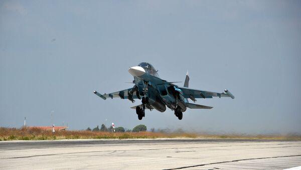Самолеты ВКС РФ на авиабазе Хмеймим в Сирии - Sputnik Узбекистан