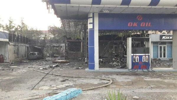 Сильный пожар на автозаправке произошел в Ташкентской области - видео - Sputnik Узбекистан