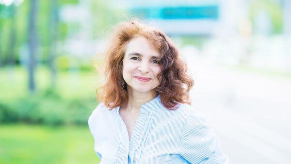 Veduщiy nauchnыy sotrudnik iz Instituta sotsialnogo analiza i prognozirovaniya RANXiG Yuliya Florinskaya - Sputnik Oʻzbekiston